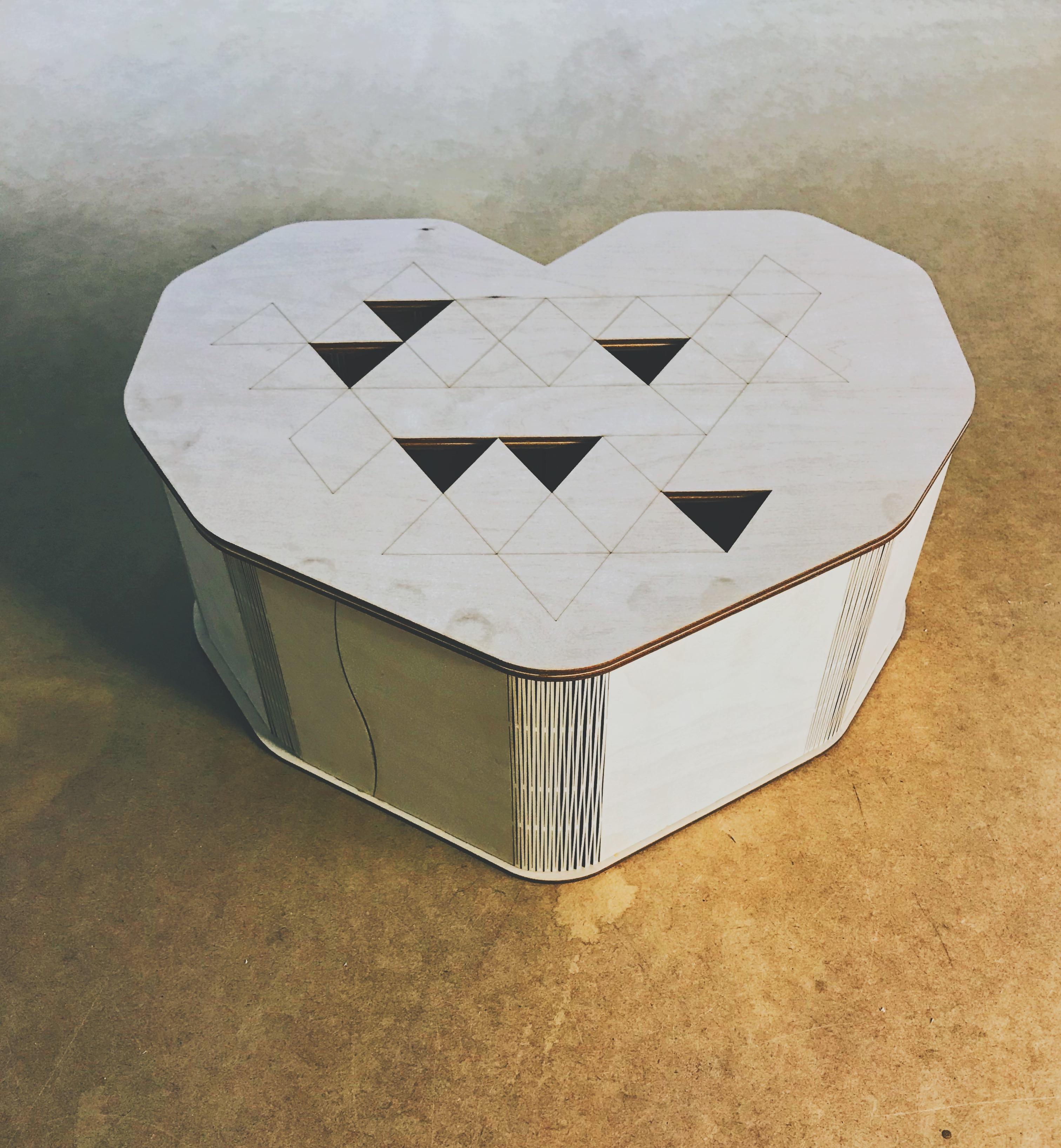 Коробка сердце 40*35*15