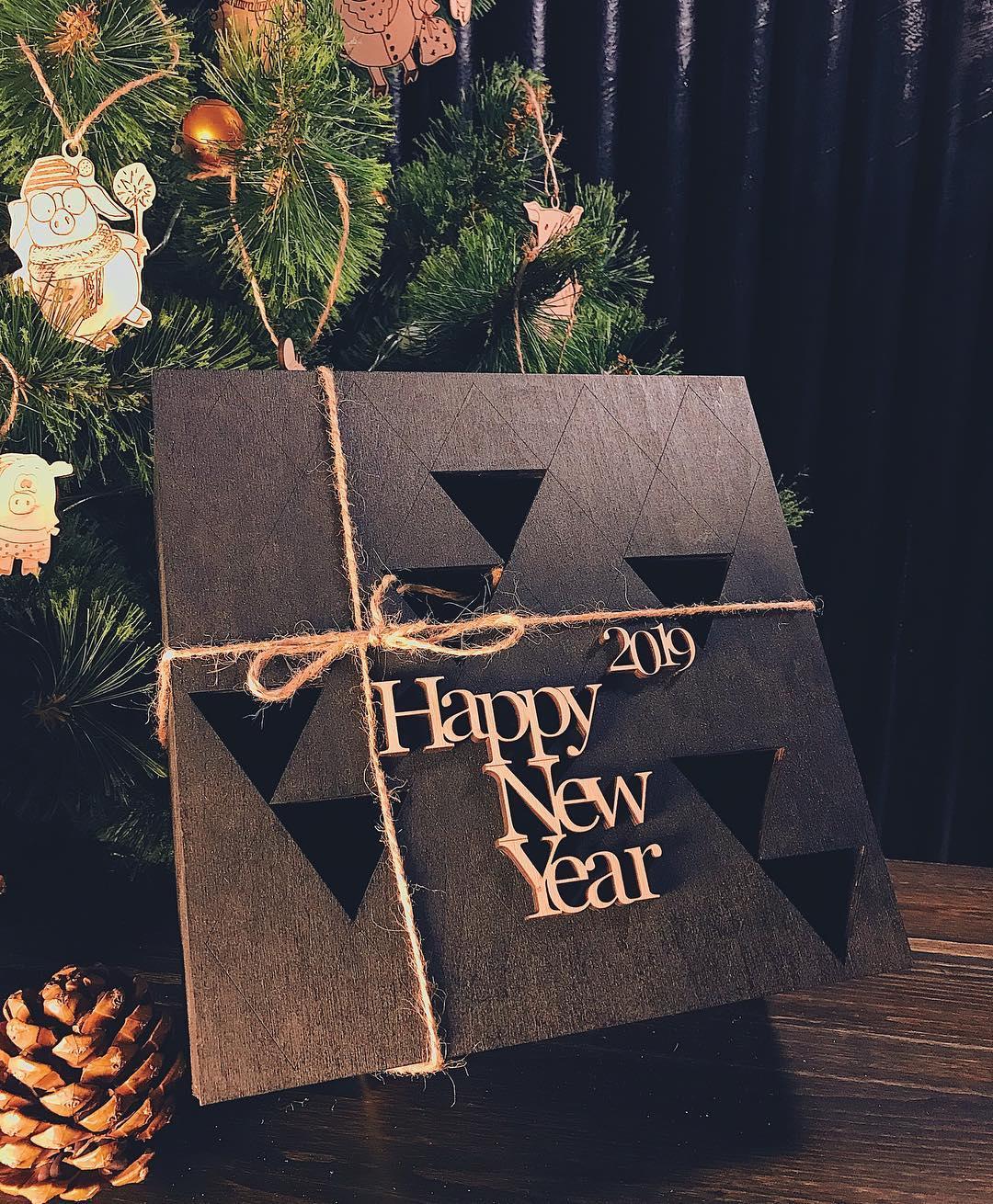 Деревянная коробка NEW YEAR
